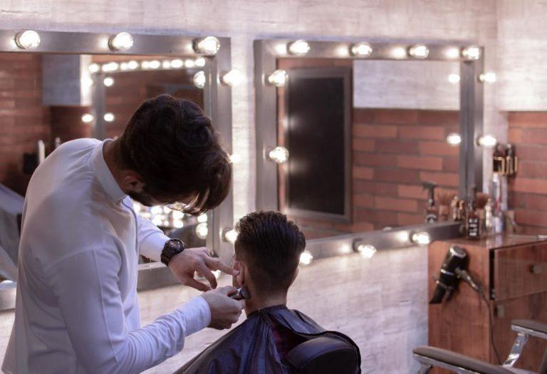 Znalezienie dobrego fryzjera jest niełatwym zadaniem