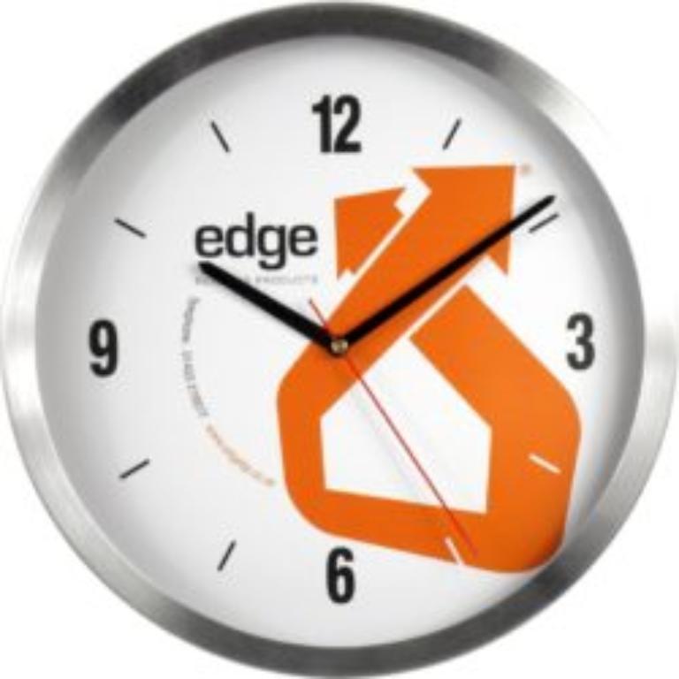 Co można powiedzieć o zegarach ściennych firmy likor?