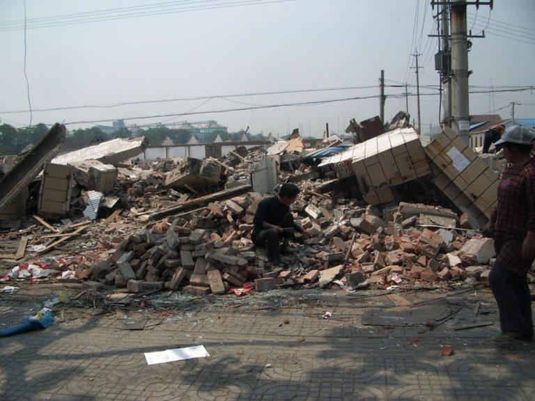 Jak wywozić odpady budowlane?