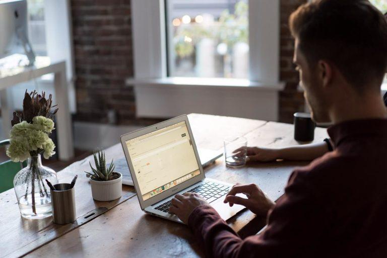 Opracuj strategię marketingu internetowego, która naprawdę działa